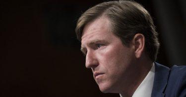 El despido de un funcionario de seguridad provoca una reprimenda bipartidista