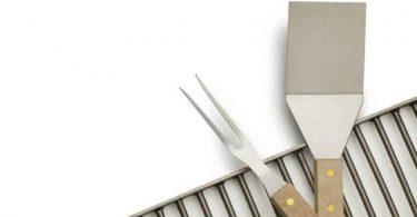 Herramientas y utensilios esenciales para barbacoa