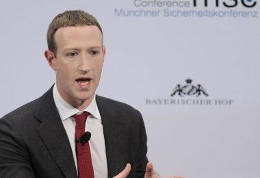 Facebook prohíbe a Trump publicar durante 24 horas