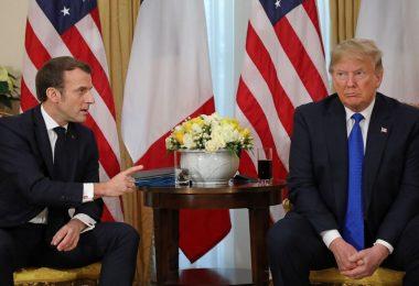 Emmanuel Macron critica las plataformas de redes sociales por prohibir a Trump