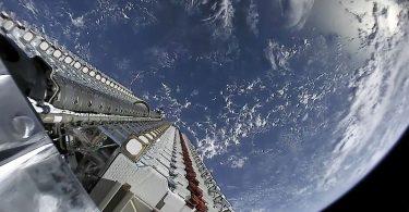 La FCC da luz verde a los planes del satélite SpaceX