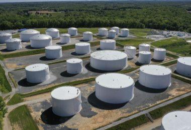 El CEO de Colonial Pipeline dice que la compañía pagó al grupo de piratas informáticos 4,4 millones de dólares