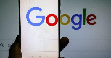 Francia multa a Google con 593 millones de dólares por infracción de derechos de autor en las noticias